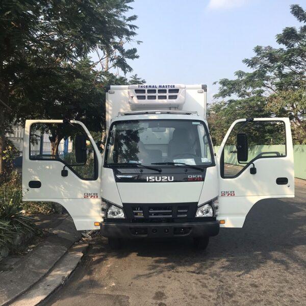xe tai isuzu 1t9 thung dong lanh 4m2 qkr77he4 270 mct1