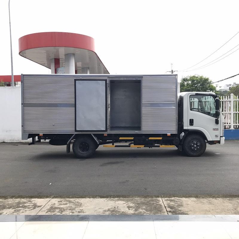 xe tai isuzu 3 5 tan thung kin dai 5m1 npr85ke4 mh