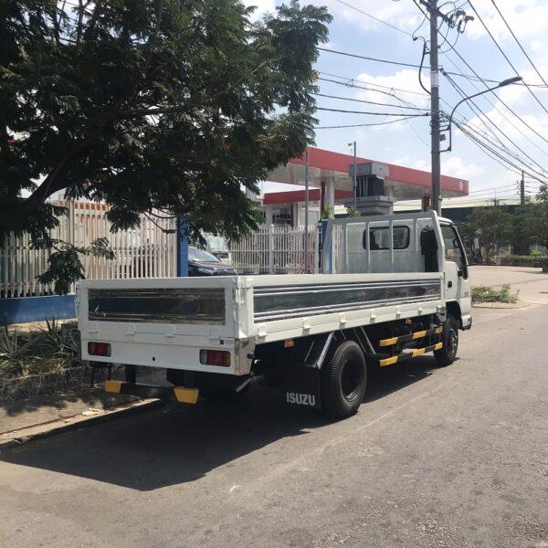 xe tai isuzu 3 tan thung lung 4m3 qkr77he4 mhs