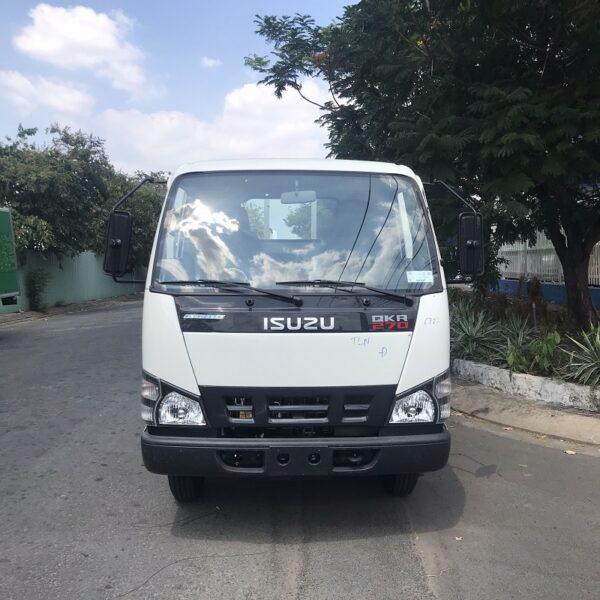xe tai isuzu 3 tan thung lung 4m3 qkr77he4 mt1