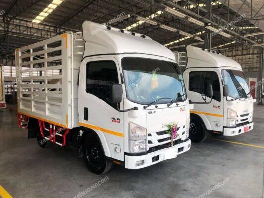 Xe tải Isuzu ELF NLR 130 thùng bạt